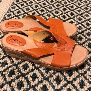 W8 Orange wedges
